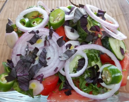 traditional-georgian-salad