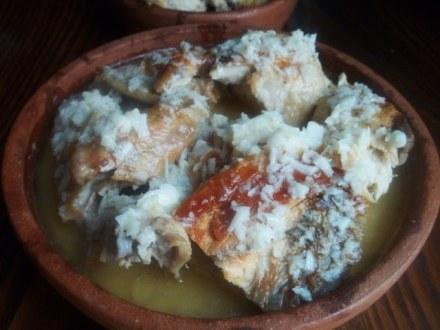 shkmeruli-chicken-cooked-in-milk-and-garlic1