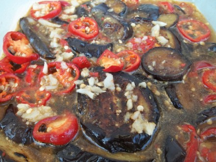 eggplant-with-garlic-hot-peppers-and-ajika