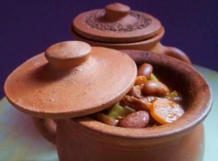 lobio-soup-in-serving-pot-copy